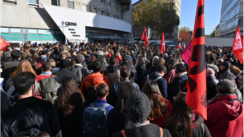 Le gouvernement retire 35 millions d'euros au budget des étudiants