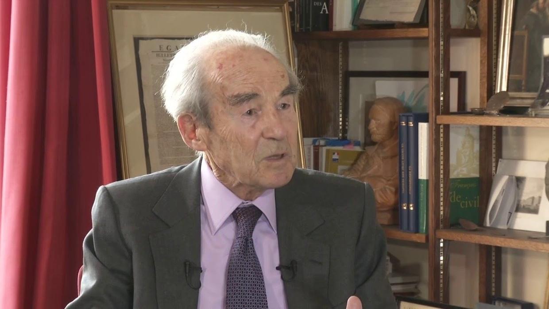 Filmer un procès : « C'est un moment de l'histoire », affirme Robert Badinter