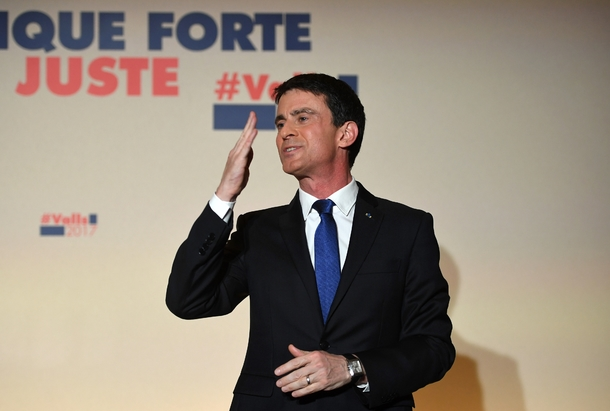 Manuel Valls au soir de sa défaite au second tour de la primaire PS le 29 janvier 2017 à Paris
