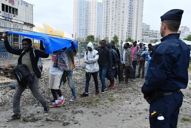 Evacuation de migrants porte de la Chapelle le 18 août 2018