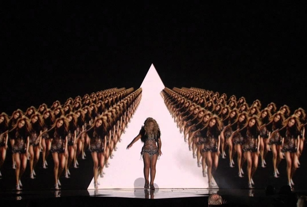 Beyonce aux billboards music awards 2011