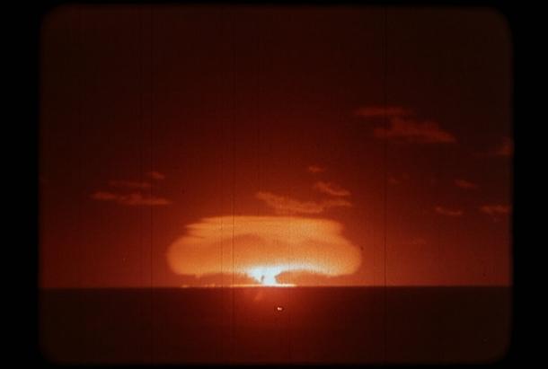 Champignon atomique.jpg