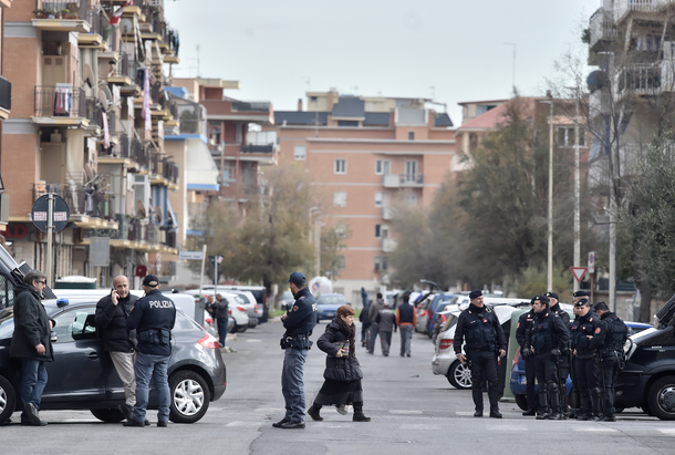 police_rue.jpg