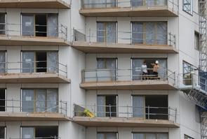 Des ouvriers sur un chantier de construction, le 5 septembre 2017 à Paris