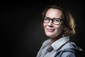 L'écrivaine Marie Desplechin à la Foire aux livres de Montreuil, près de Paris, le 4 décembre 2016