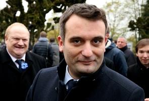 """Le président du parti """"Les Patriotes"""", Florian Philippot, rend hommage au général de Gaulle le 9 novembre 2017 à Colombey-les-deux-Eglises"""