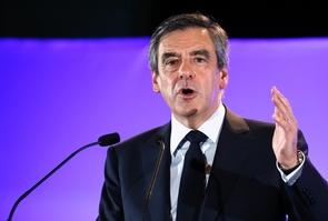 Le candidat de la droite à la présidentielle François Fillon à Maison-Alfort le 24 février 2017