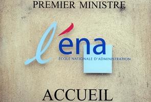 Emmanuel Macron devait annoncer lundi la suppression de l'ENA, installée à Strasbourg depuis le années 90
