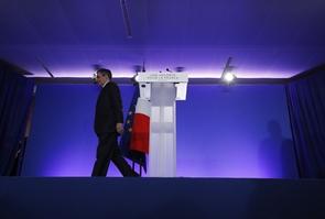 François Fillon dans son état-major de campagne après l'annonce des résultats du Premier tour de la présidentielle, le 23 avril 2017