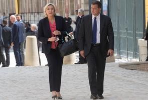 Marine Le Pen et Louis Alliot à Varseilles, le 3 juillet 2017