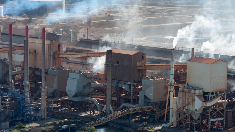 L'usine de traitement de la Société Le Nickel (SLN), en Nouvelle Calédonie, le 10 mai 2012