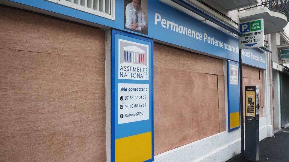 Vue de la permanence du député LREM Romain Grau à Perpignan, dégradée le 27 juillet 2019