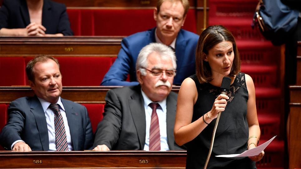 Le députée communiste Elsa Faucillon à l'Assemblée nationale à Paris, le 1er août 2018