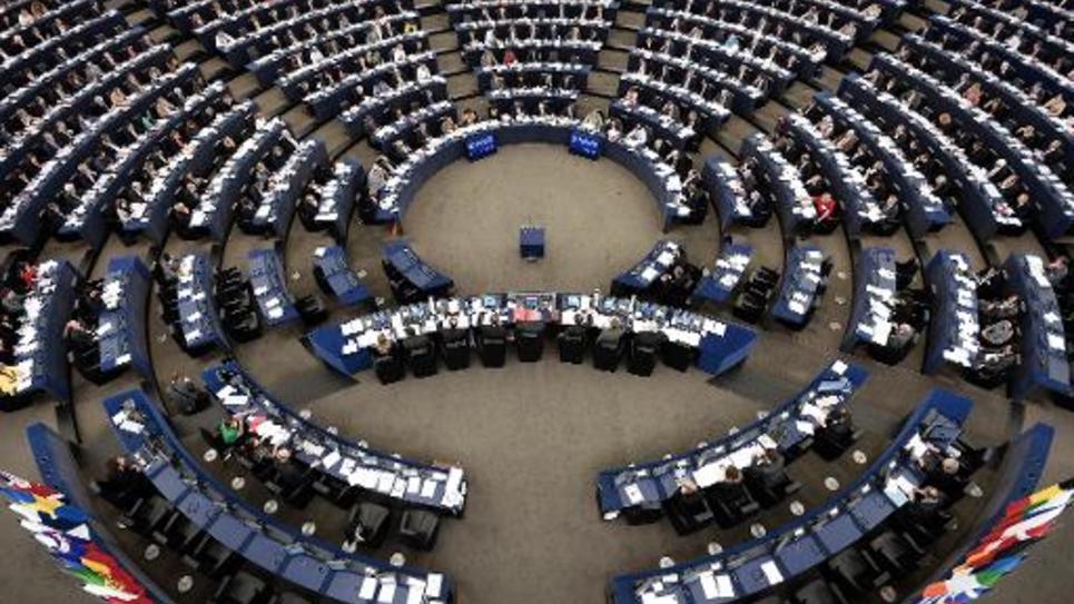 Les députés du Parlement européen, à Strasbourg, en séance plénière le 12 mars 2014