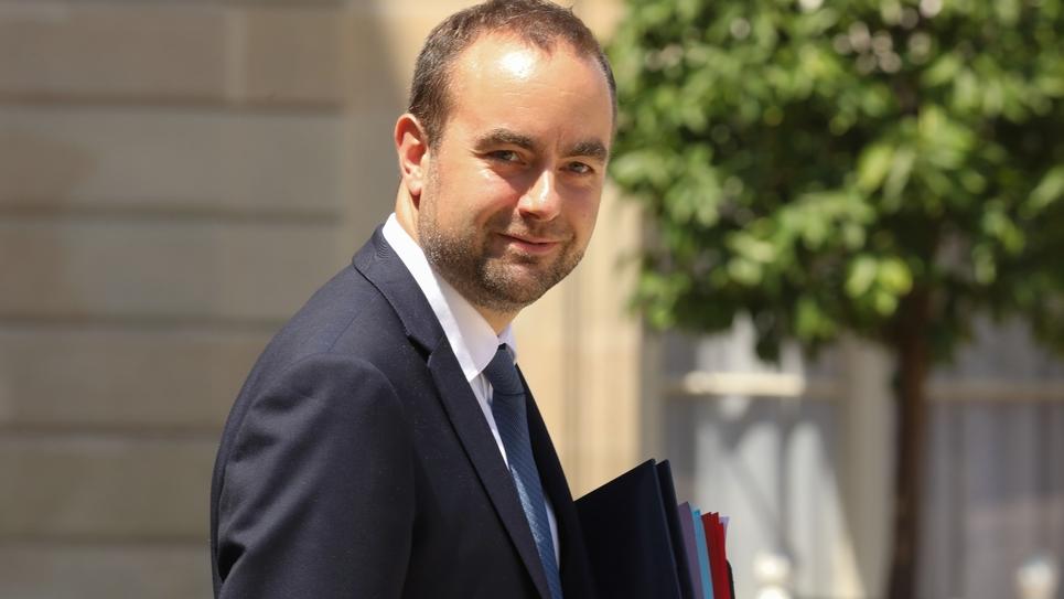 Le secrétaire d'Etat à la Transition écologique et solidaire Sébastien Lecornu à l'Élysée, le 6 juillet 2018