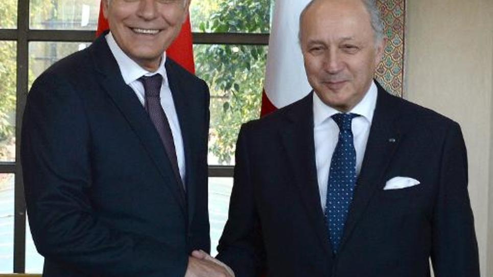 Le chef de la diplomatie française, Laurent Fabius, rencontre son homologue marocain Salaheddine Mezouar, le 9 mars 2015 à Rabat