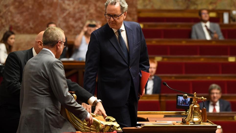 Richard Ferrand, nouvellement élu président de l'Assemblée nationale, prend place au perchoir, le 12 septembre 2018