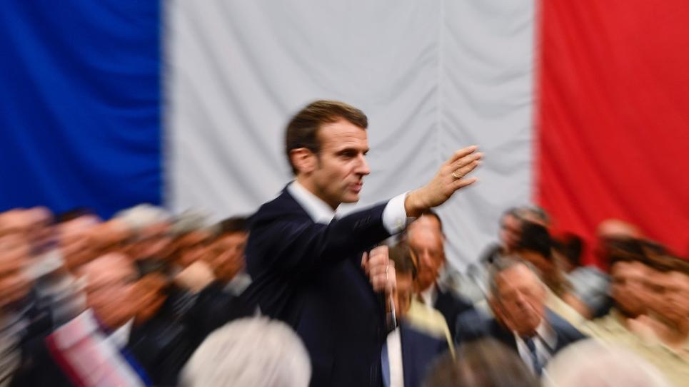 """Emmanuel Macron au cours d'un """"grand débat"""", à Greoux-les-Bains, le 7 mars 2019"""