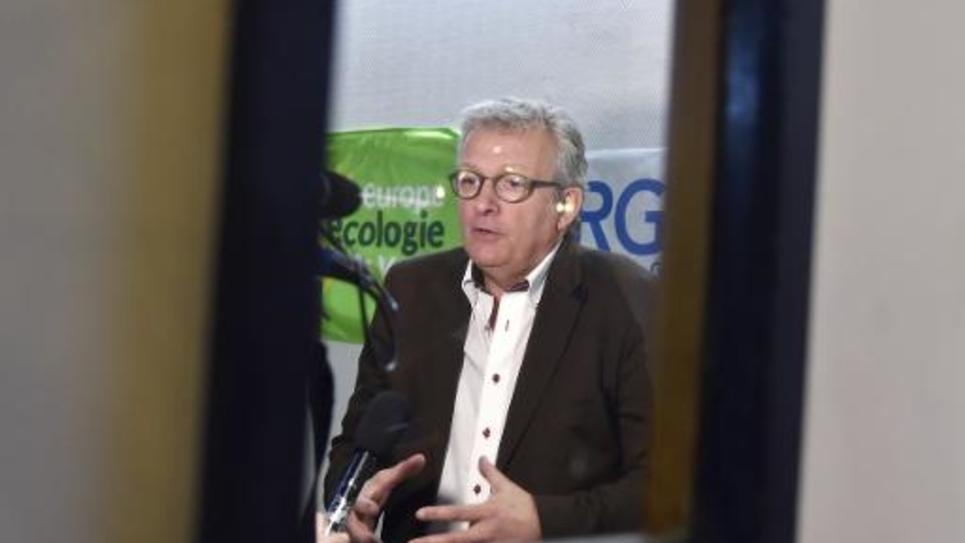 Le secrétaire national du PCF Pierre Laurent à Bondy le 26 mars 2015