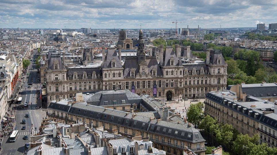 L'Hôtel de ville de Paris, depuis la Tour Saint-Jacques, le 26 avril 2019