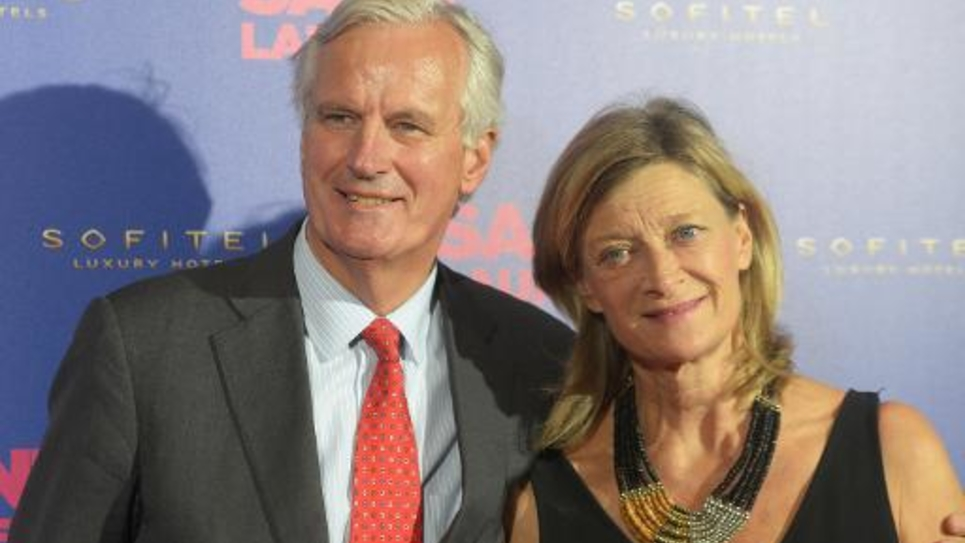 L'ancien ministre Michel Barnier et sa femme, Isabelle Altmayer lors de la Première du film Saint-Laurent à Paris le 23 septembre 2014