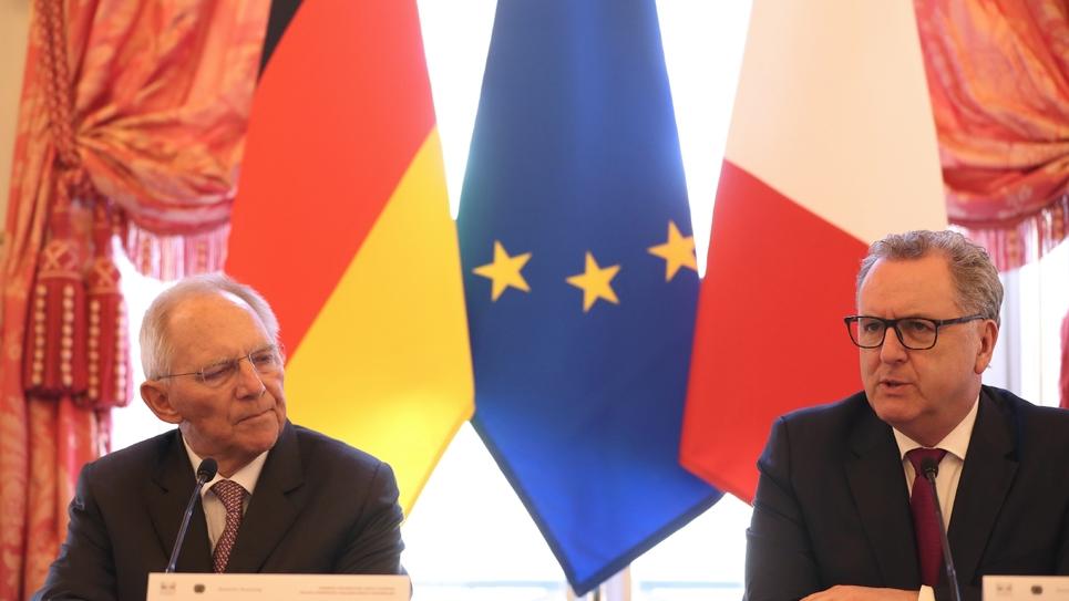 Wolfgang Schäuble et Richard Ferrand à l'Assemblée nationale à Paris, le 25 mars 2019