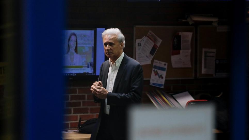 L'ancien secrétaire d'Etat et maire en exercice de Draveil (Essonne) Georges Tron arrivant à son procès à Bobigny (Seine-Saint-Denis) le 23 octobre 2018.