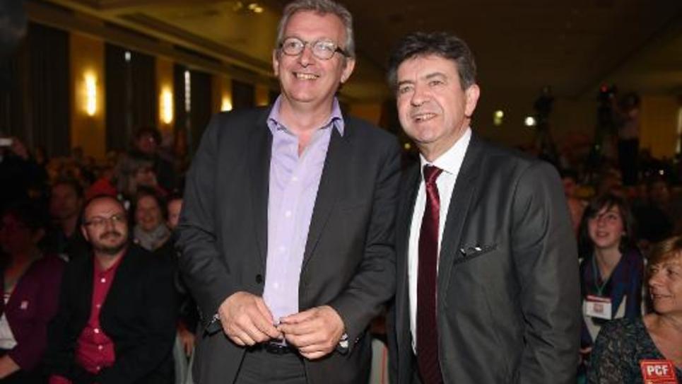 Le co-président du Parti de Gauche Jean-Luc Mélenchon et le secrétaire national du Parti communiste, Pierre Laurent, participent à un meeting à Toulouse, le 20 mai 2014