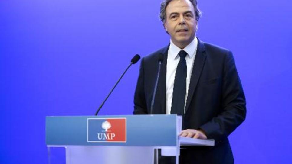 Luc Chatel, secrétaire général intérimaire de l'UMP, lors d'une conférence de presse le 14 juillet 2014 à Paris