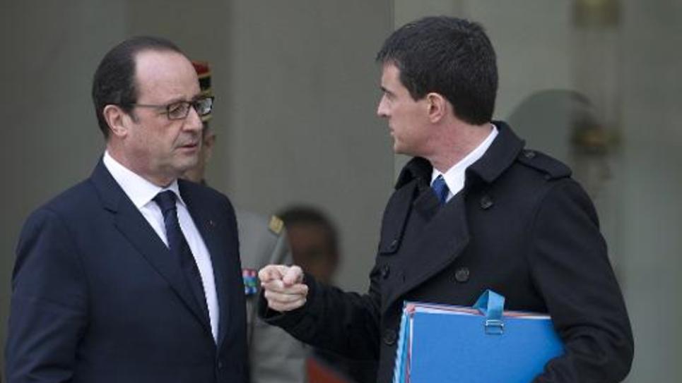 François Hollande et Manuel Valls après le tenue d'un conseil de défense à l'Elysée, le 21 janvier 2015