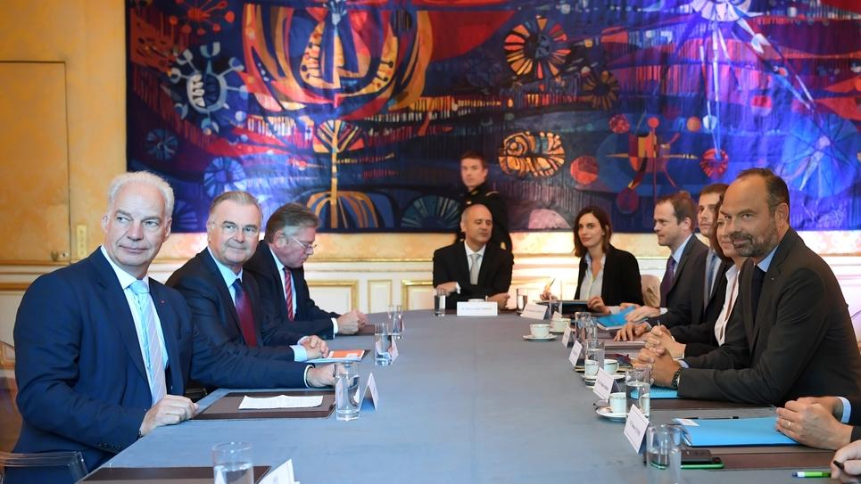 Le Premier ministre Edouard Philippe et la ministre des Solidarités Agnès Buzyn reçoivent le président de l'U2P Alain Griset, le 6 septembre 2019 à l'Hôtel Matignon à Paris