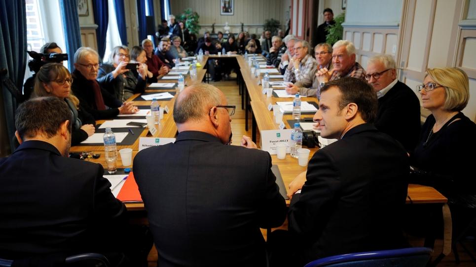 Emmanuel Macron, lors du conseil municipal de Gasny, le 15 janvier 2019