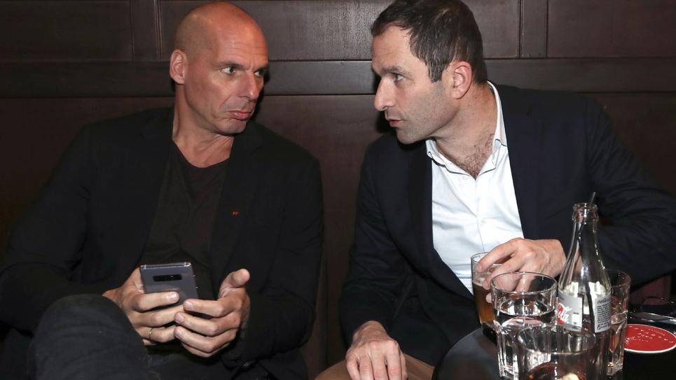 Yanis Varoufakis (G)  et Benoit Hamon, le 21 juin 2018 à Paris