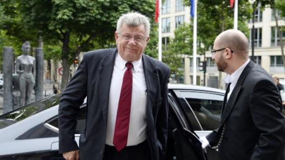 Le secrétaire d'Etat au Budget, Christian Eckert, arrive au Palais d'Iena à Paris le 8 juillet 2014