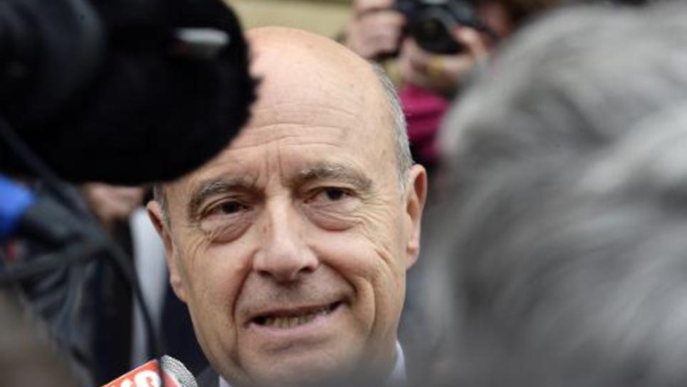 Le maire de Bordeaux Alain Juppé répond aux questions de journalistes, le 28 mars 2014