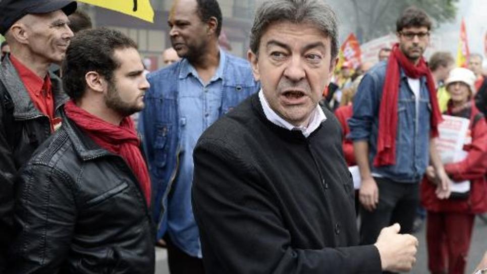 Jean-Luc Mélenchon, co-président du Parti de gauche, lors d'une manifestation des cheminots, le 19 juin 2014 à Paris