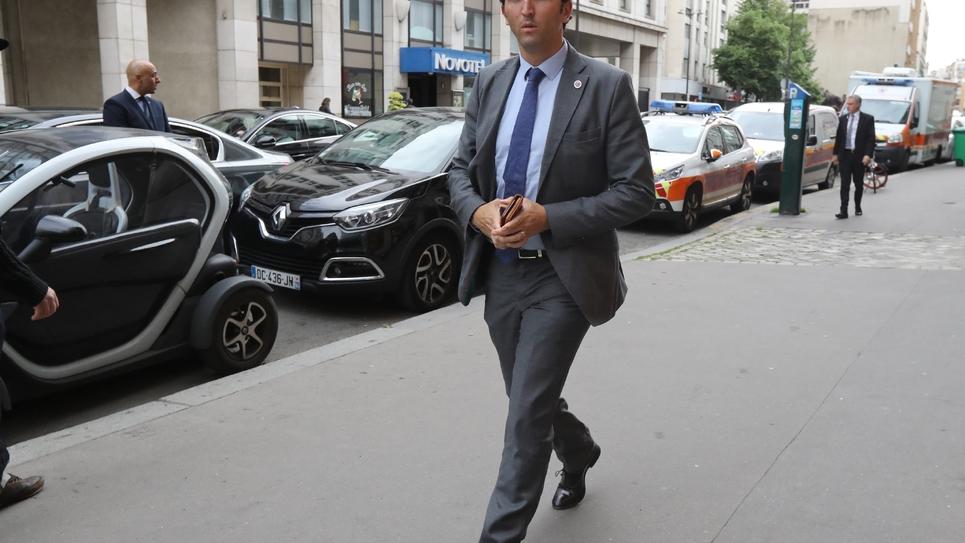 Julien Aubert arrivant à une réunion du parti Les Républicains (LR), le 27 mai 2019 à Paris