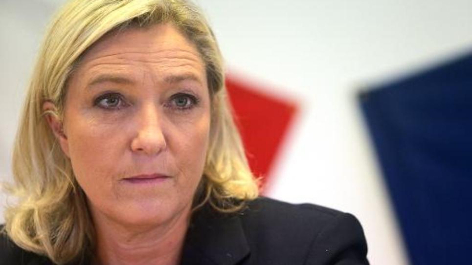 La présidente du Front National Marine Le Pen lors d'une conférence de presse à Chalons-en-Champagne le 11 novembre 2014