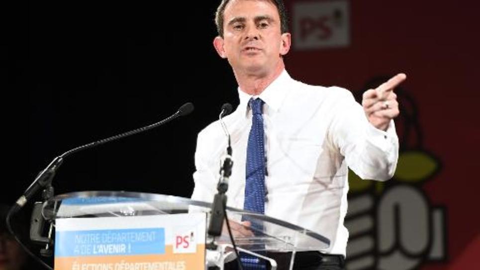 Le Premier ministre Manuel Valls lors d'un meeting le 5 mars 2015 à Boisseuil en Haute-Vienne