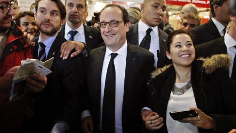 Le président François Hollande en visite au Salon de l'Agriculture le 21 février 2015 à Paris
