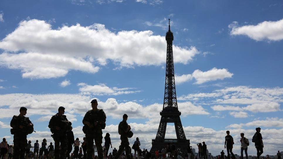 Soldats de l'opération Sentinelle à Paris, le 25 juin 2017