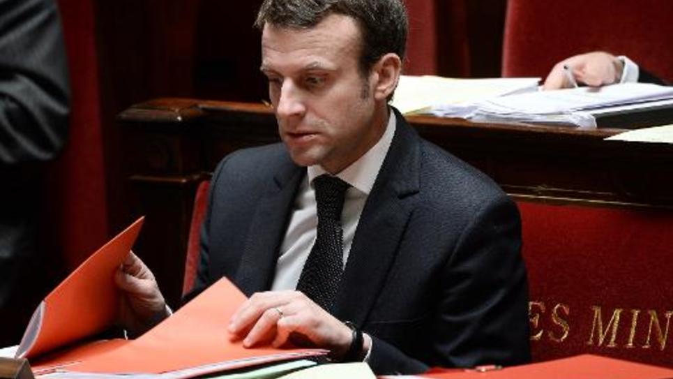 Le ministre de l'Economie Emmanuel Macron lors du débat sur la loi portant sur le travail dominical à l'Assemblée nationale le 13 février 2015