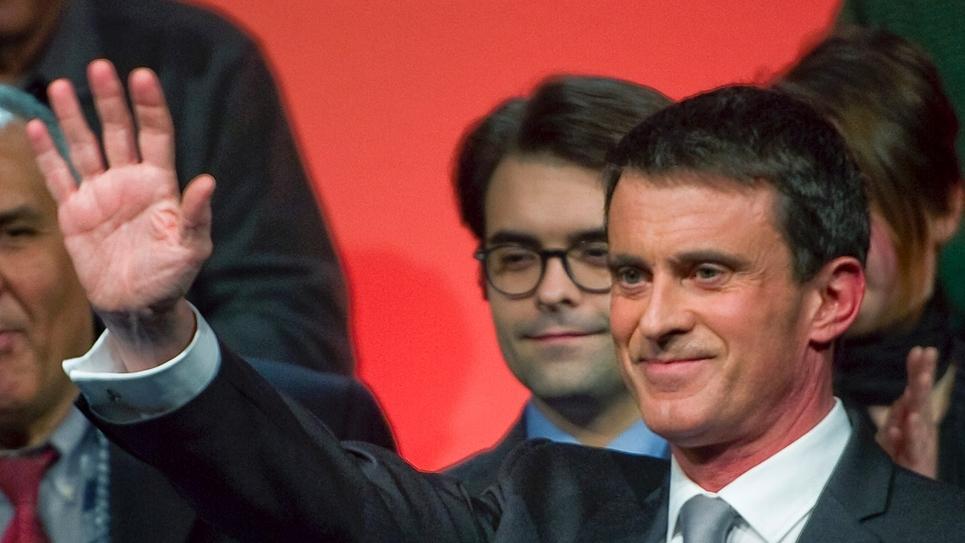 Manuel Valls en campagne pour la primaire organisée par le PS, le 10 janvier 2017 à Clermont-Ferrand