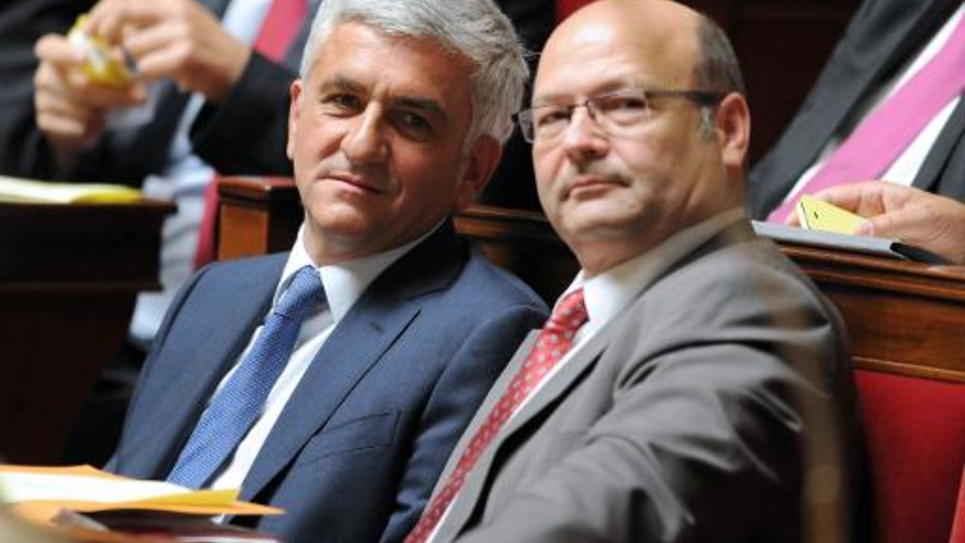 Hervé Morin (G) le 24 juin 2014 à l'Assemblée nationale à Paris