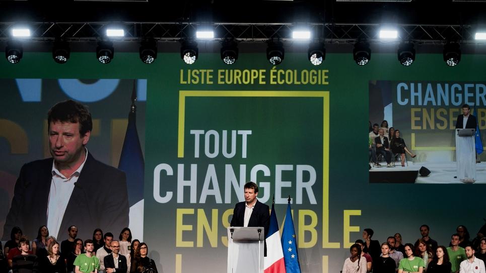 Yannick Jadot, tête de liste EELV pour les Européennes, en meeting à Villeurbanne près de Lyon, le 10 avril 2019