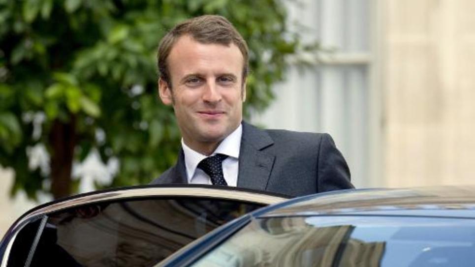 Le ministre de l'Economie Emmanuel Macron quitte le Palais de l'Elysée le 1er septembre 2014