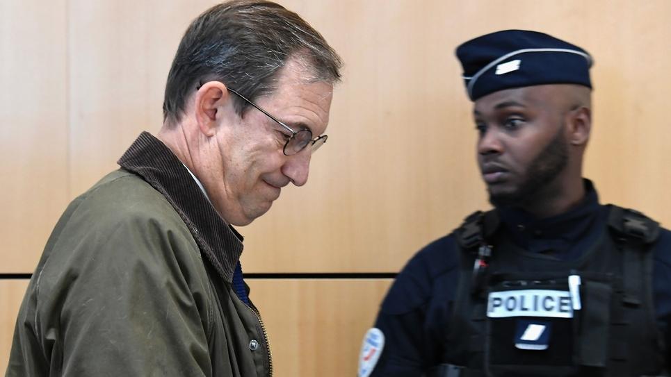 L'ex-directeur de campagne d'Édouard Balladur, Nicolas Bazire, arrivant au tribunal à Paris le 7 octobre 2019 pour l'ouverture du procès de l'affaire Karachi