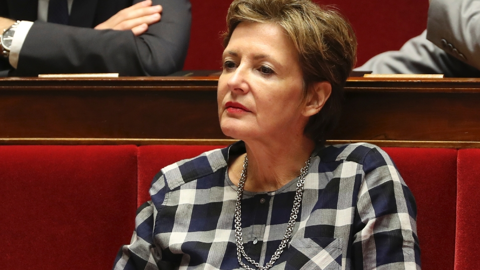 La députée des Hauts-de-Seine Frédérique Dumas sur les bancs de l'Assemblée nationale. Photo prise le 28 novembre 2017.