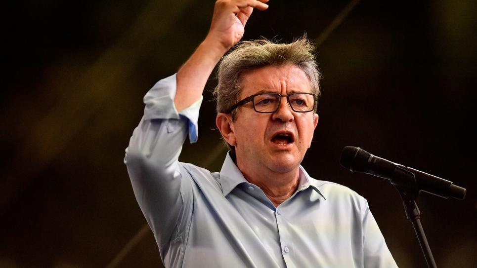"""Le leader de La France Insoumise Jean-Luc Mélenchon lors de son discours de rentrée aux """"Amfis"""" d'été du mouvement à Marseille le 25 août 2018"""