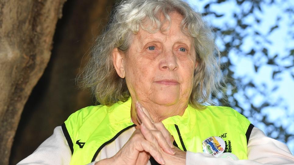"""Geneviève Legay, militante d'Attac et """"gilet jaune"""", lors d'une conférence de presse au CHU de Nice, le 29 avril 2019"""